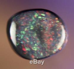0.4ct STUNNING RED GREEN GENUINE LIGHTNING RIDGE SOLID BLACK OPAL GEM a287
