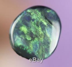 0.7ct GORGEOUS GREEN PLAY GENUINE LIGHTNING RIDGE SOLID BLACK OPAL GEM a367