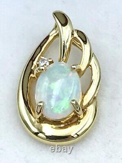18k Solid Australian OPAL and diamond Pendant 750 yellow gold