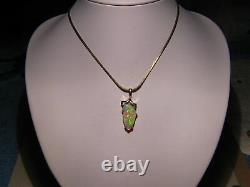 3.8 ct. Gem Opal Pendant solid 14 kt yellow gold