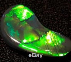 Big Brilliant Quality Green Yelliow 4.80 Ct Solid Lightning Ridge Black Opal