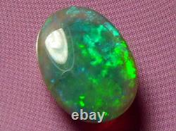 Bright Sparking Pretty Colour Pattern Solid Black Crystal Opal 4.05 carat
