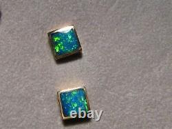 Brilliant Green Opal Earrings 18 k Yellow Gold