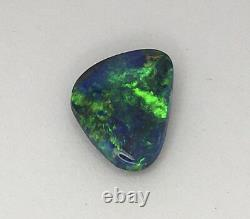 Genuine solid Lightning ridge balck opal 2.90carats, Australian opal