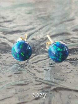 Green Opal Round Cut Stud Earrings 14kt Solid Yellow Gold