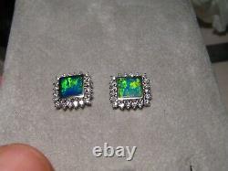 Natural Opal Diamond Stud Earrings 18k White gold 6 mm square