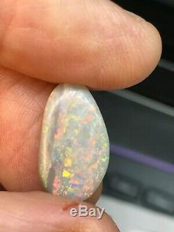 OPAL SOLID BRIGHT GEM 5.5Carat Austr. LR Natural Gray Base Gold Red, Blue, Green