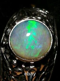 Solid 10k white Gold Ring with Australian Fire Opal Ring 3.5 grams. Size 7.75