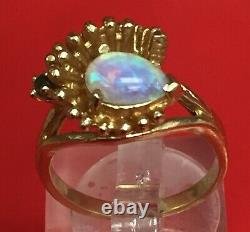 Solid 14k Yellow Gold / Opal Pear Shaped & Green Emerald Ring. Sz 6