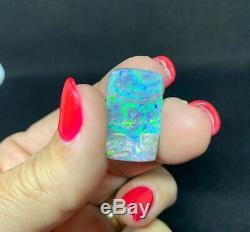 Solid Boulder Opal 15 carats Blue & Green #1