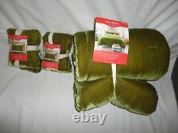 Target Opal House Moss Green Tufted Velvet (3pc) Full/queen Coverlet Quilt Set