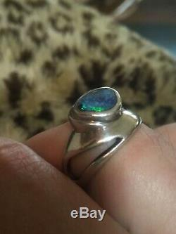 Vintage Modernist Australian Blue Green Black Solid Opal 8.75