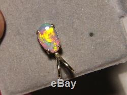 1,0 Ct. Gem Australienne Pendentif Semi Opale Noire Solide 14 Kt Or Jaune