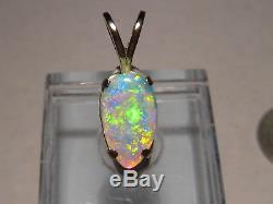 1,1 Ct. Pendentif En Forme De Cristal Australien Avec Opale Massive En Or Jaune 14 Kt