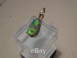 1,3 Ctw. Pendentif D'opale Australienne Semi-noire En Or Massif 14 Kt