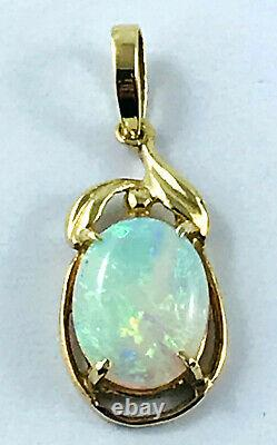 18k Solid Australian Opal Pendentif 750 Jaune Or Griffe Réglage