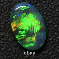 2.13 Cts Australian Solid Black Opal, Pierre Gemme Solide, Lightning Ridge