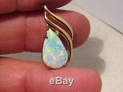 2,7 Ct Cristal Australian Opal Pendentif En Or Massif Jaune 18 Kt