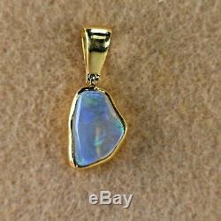 22 Karat Or Jaune Solide, Australian Opal Pendentif, Hand Made