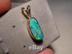 3,1 Ct. Pendentif D'opale Massif En Or Jaune 18 Kt - Vert Et Or
