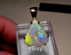 4.3 Ct Brillant Australian Gem Opal Pendentif Solide 14 Kt Or Jaune