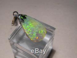 5,5 Ct. Vert Opale Australien Semi-noir Opale Lime Vert