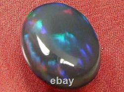 5.87carat Roulement Couleur Du Motif Naturel Solide Cristal Noir Opale