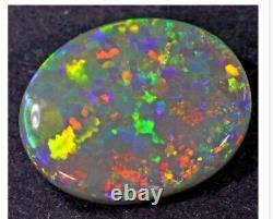 7.80 Carat Semi Noir Opal Lightning Ridge N5 Solide Opal Blue Blue Green Yel