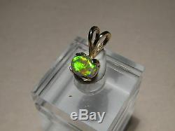 90 Ct. Couleur Rouge Néon Noir Australien Opale Pendentif Solide 14 Kt Or Jaune