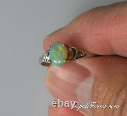 Anneau Opal Noir Solide, Taille 7, Australien Lightning Ridge Opal Naturel, Dainty