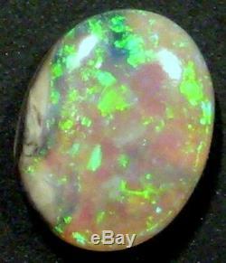 Australian Mintabie Cristal Opale Cut Solide Pierre Verts Lumineux 9x7mm (755)