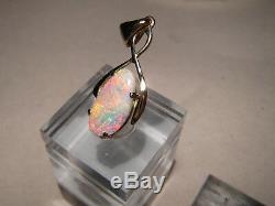 Australian Opal Pendentif Solide 14 K Or Jaune Pastel Belle Couleur