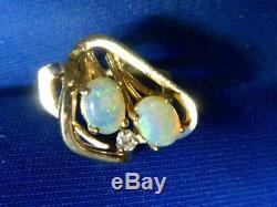Bague Vintage Blues En Or Jaune 14k Massif Avec Diamants Et Opale Australienne Des Années 60