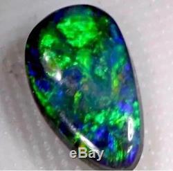 Beau Vert Bleu 2.10 Carat Opale Noire Solide