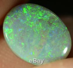 Black Opal Australie Solide Naturel Bleu Électrique 1,65 Ct / Couleurs Pierre Verte