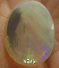 Black Opal Solide 12 X 9,6 X 3,2 MM 2,62 Carats Australie