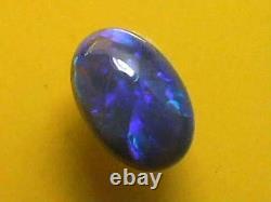 Bonne Qualité Impressionnante Couleur Pourpre-bleu Motif De Nice Cut Solid Black Opal 1.4ctw