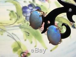 Boucle D'oreille Moderne En Or Jaune Massif 9 Kt Avec Opale, État Ex, Bleu / Vert