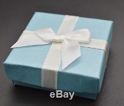 Boucles D'oreilles En Or Blanc Massif 14 K Avec Larmes Bleu Vert Et Opale De Feu