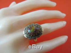 Cadre De Conception Rare D'opale De Feu Brun Naturel En Or Jaune Massif De 14 Carats