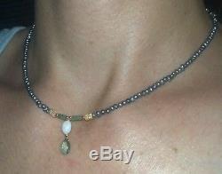 Collier Avec Pendentif De Perles Bleues D'opale De Feu En Opale Véritable Et D'émeraude En Or Massif 14 Carats