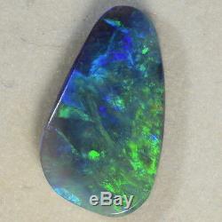 Fiery Greens Beautiful Black Lightning Ridge Opale Solide (14347)