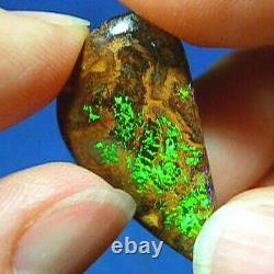 Flashy Double-sided 13ct Natural Australian Solid Matrix Boulder Opal Vidéos
