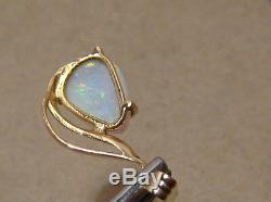 Les Élégantes Australian Opal Pendentif En Or Jaune Massif 14k