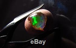Opale 8.70ct Rouge Vert Bleu Couleur Jouer Fire Aaa Gem Cab Dur Naturel Gem Mexicain