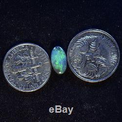Opale Noire Australienne Solide De Lightning Ridge Avec De Merveilleux Verts Éclatants 12868