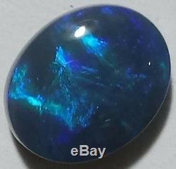 Opale Noire Opaque 4.88ct Bleu Et Vert Ridge Lightning Ridge Ovale
