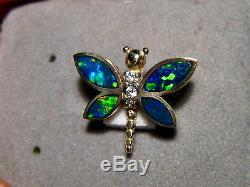 Pendentif Libellule Serti De Diamants Et D'opales Brillantes En Or Jaune 14 Kt