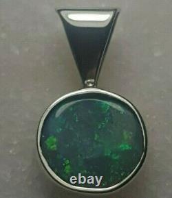 Pendentif Opal Noir Solide