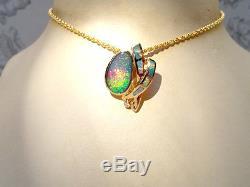 Pendentif Pour Dame En Or 14 Carats Avec Opale Australian Rouge Vert Rouge Et Vert